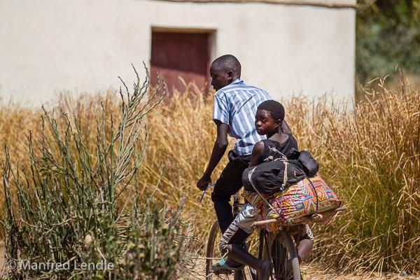 2019_Zambia_1D-3142.jpg