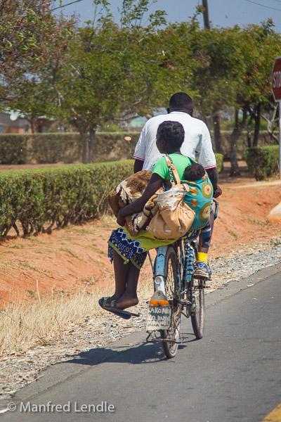 2019_Zambia_1D-5864.jpg